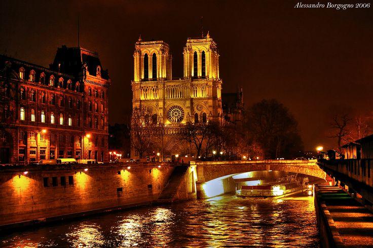 Petit Pont - Cardinal Lustiger (and Notre-Dame du Paris) / by Alessandro Borgogno