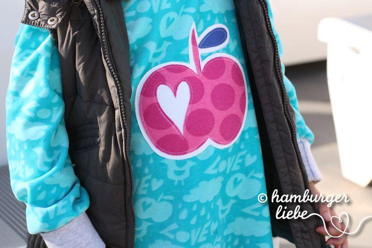 Ein Blog über schöne bunte Stoffe, Textil-Design, Nähen und Selbermachen, kostenlose Tutorials und das Leben mit Familie in und um Hamburg.