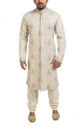 Indian Fashion -   https://www.pinterest.com/r/pin/284008320231034721/4766733815989148850/a29e49b8211b3c4356f7b3f0d72da4d97fc105e81bdca90c7fe6a273c7caee50