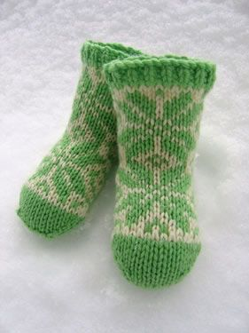 Free knit pattern. 6 to 12 month. Worsted weight.