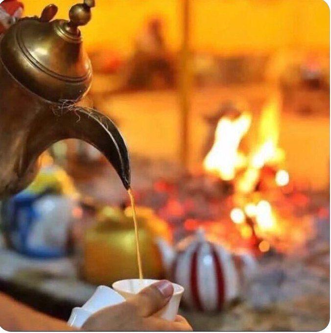 تعالي اقهويك من كيف الغلا دله سويتها فوق نار الشوق لعيونك مادام عرش الغلا فالصدر تحتليه لو تكثر الناس حولي لايهمونك Arabian Nights Food Oriental