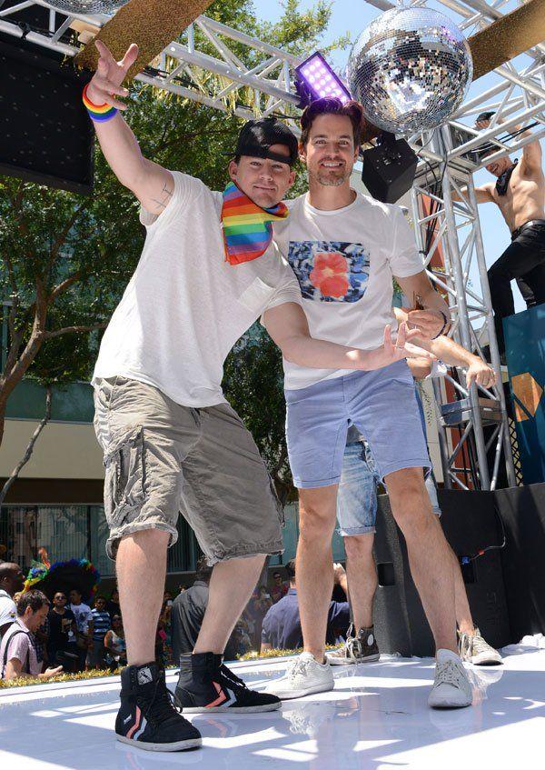 channing-tatum-gay-pride-parade-magic-mike-xxl-photos-01