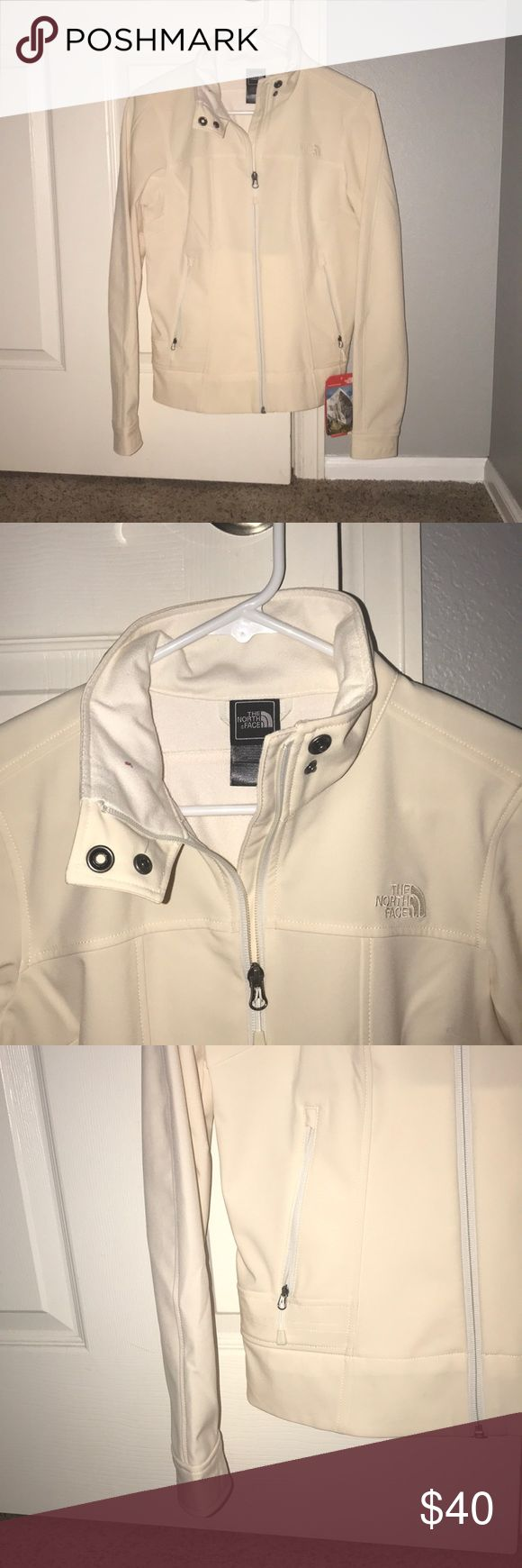 White North Face Jacket Never worn with tags !!! North Face Jackets & Coats