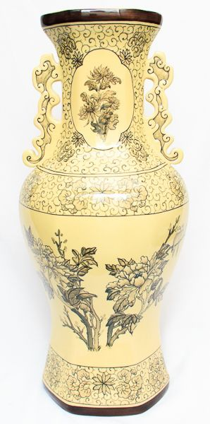 Vaso porcelana japonesa amarelo/preto. Alt. 60 cm.