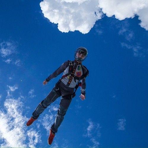 acidbeast:  #sky #skydive #skydiving #skydiver #iloveskydiving...