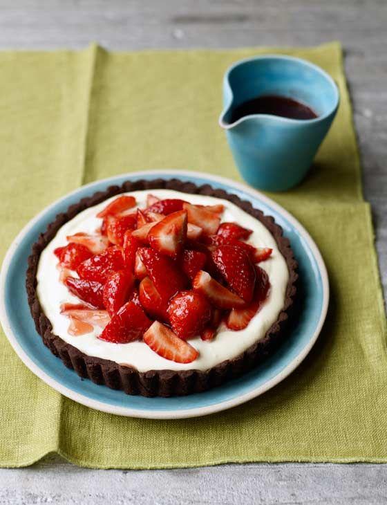 Strawberry tumble tart