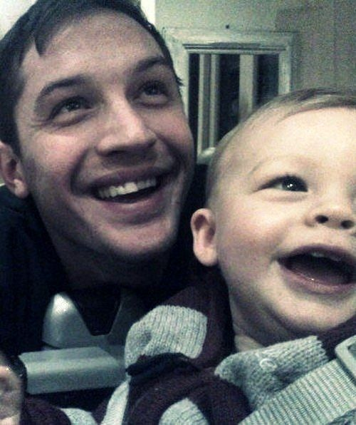 Tom Hardy Baby Even stand it : tomhardy