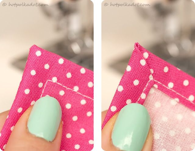 how to do mitered corners!Perfect Mitered, Diy Napkins, Sewing Corner, Napkins Tutorials, Sewing Projects, Mitered Corner, Perfect Edging, Perfect Corner, Sewing Machine