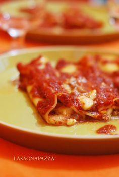 lasagnapazza: CANNELLONI (SENZA BESCIAMELLA)