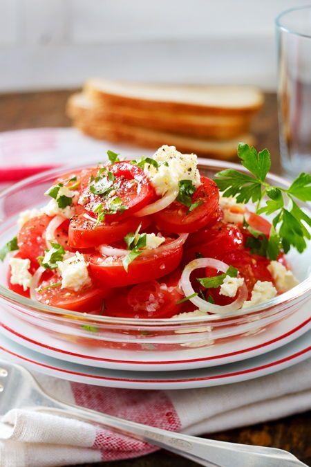 Tomaten-Salat mit Schafskäse