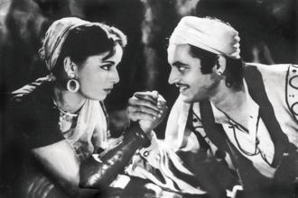 Geeta Bali and Guru Dutt. Baaz (1953)