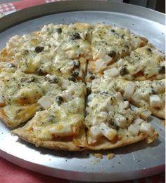 A Massa de Pizza Crocante é econômica e fácil de fazer. Com ela, você terá a crocância e o sabor da Pizzaria na sua casa. Experimente! Veja Também: Pizza n