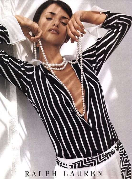 Black and white for the season -great look    check, dots and stripes