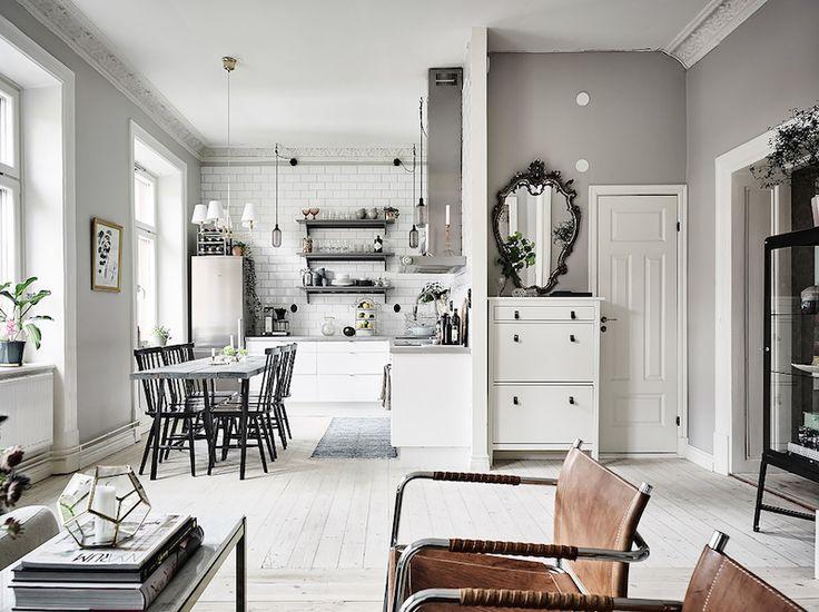 déco scandinave en meubles super élégants et miroir victorien