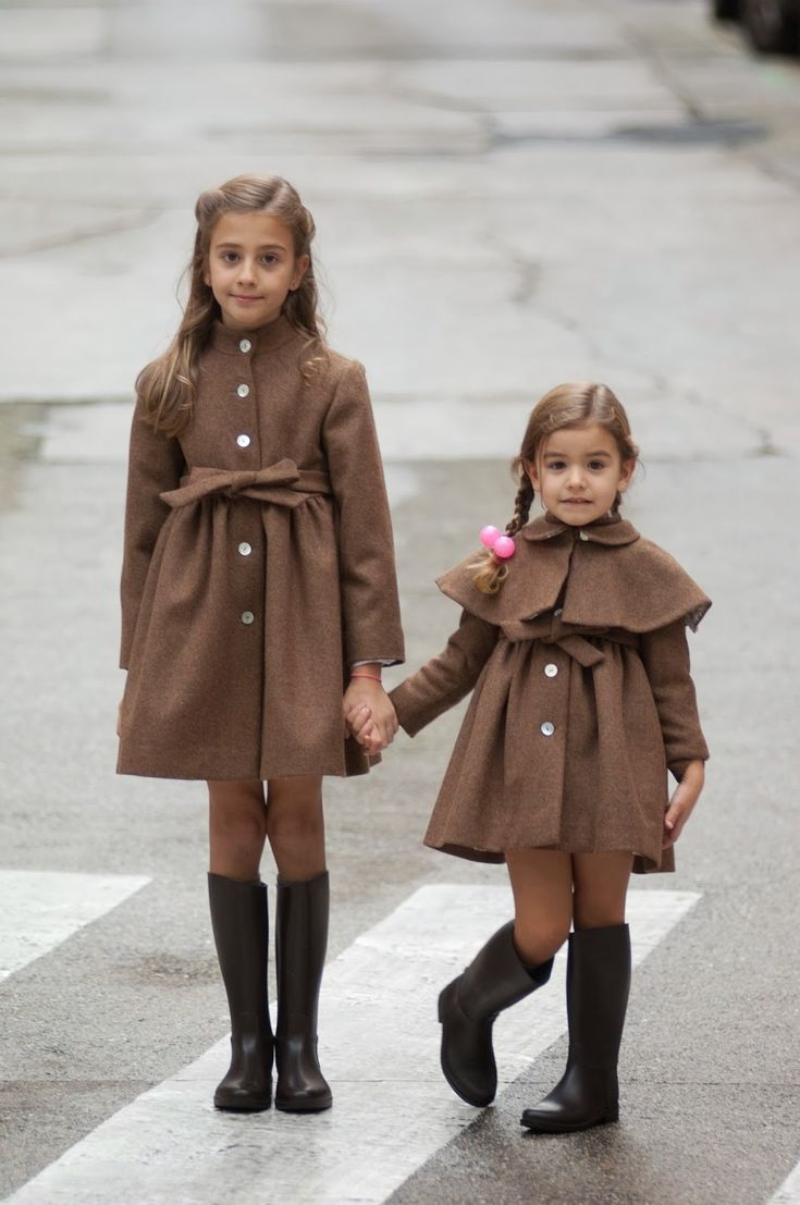 brown has never looked so fashionable for littles!  #designer #kids #fashion: Nuevo Abrigo, Without Valentina, Kids Style, Kids Fashion, Toddlers Girls, Baby Girls, Children Fashion, Kids Clothing, Children Style
