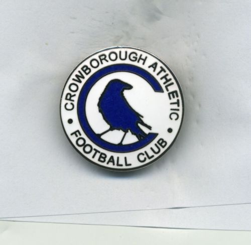 CROWBOROUGH ATHLETIC FC NON LEAGUE FOOTBALL PIN BADGE