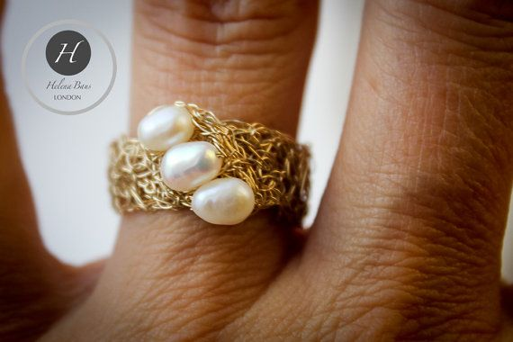Gold Crochet Pearl Ring 3 freshwater pearls by HelenaBausJewellery