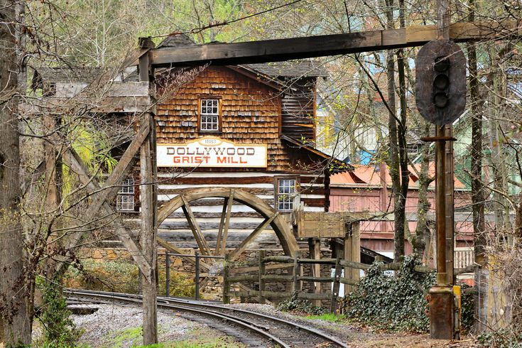 Dollywood grist mill gatlinburg cabins smoky