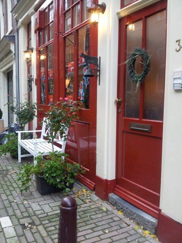 my favorite red door amsterdam