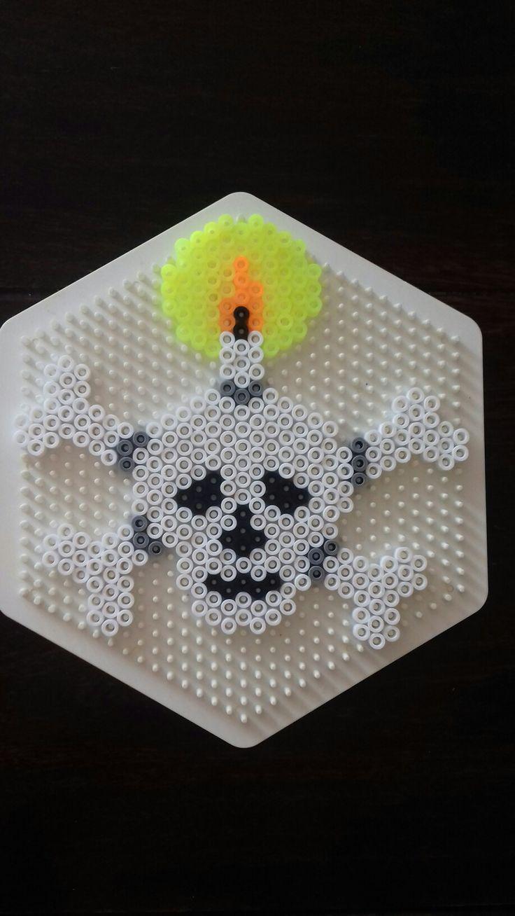 Hama perler beads halloween skeleton bones  Made by Yvonne DK