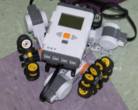 Omni Wheels out of Legos off Kiwi Drive and NXT Module