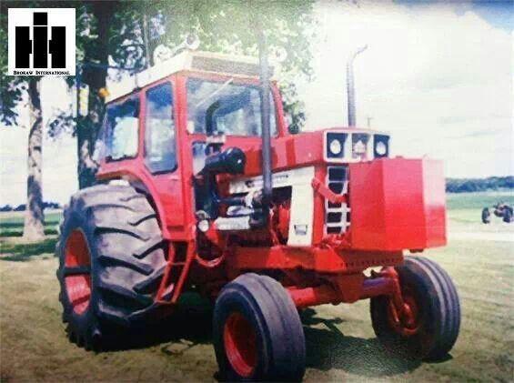 Antique International 1568 : Best tractors images on pinterest international