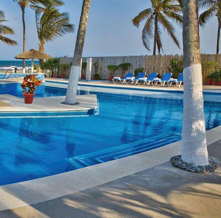 Disfruta del exclusivo y confortable entorno del club de playa que en #GaleríaPlazaVeracruz tenemos para ti.  #businesstrip #work #workout #instajob #motivation #entrepreneurlifestyle #businesstyle  #veracruz  #exclusividad #beach #mexico #instapic #hotel #cute #like4like