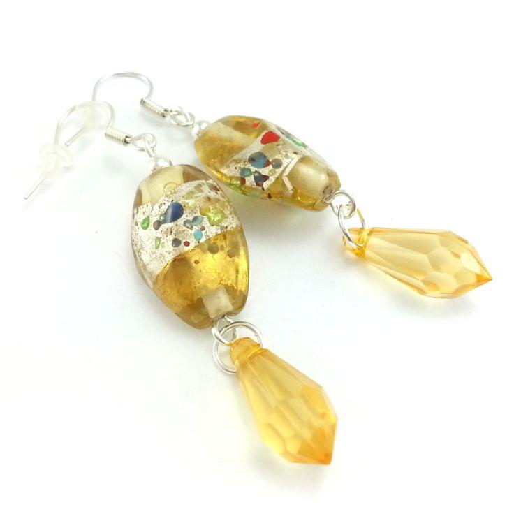 Złoto beżowe kolczyki ze szkła weneckiego z kryształowymi sopelkami