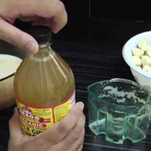 Dit citroen met knoflookmengsel is zeer krachtig om u te helpen bij het opruimen van eventuele hartblokkades
