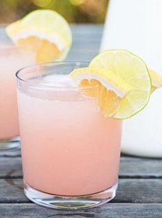 Paloma cocktail: grapefruit, tequila, and lime is the ultimate warm-weather drink