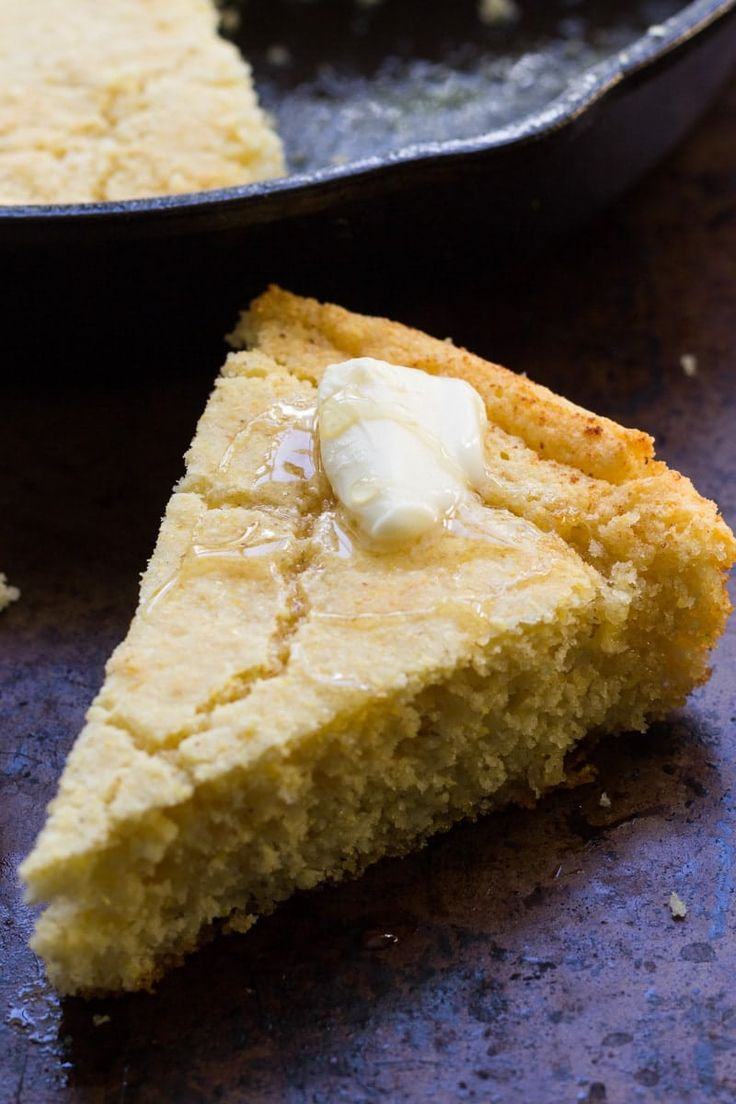 This Southern cast iron skillet cornbread is my mother's recipe. You'll love the savory buttermilk flavor and the deliciously crunchy crust! via @recipeforperfec