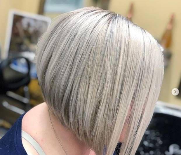 صبغة اومبري اشقر رمادي غامق و فاتح و فضي درجات اللون و الطريقة Ombrehair Hairstyles Haircolor Ha Ombre Hair Blonde Ash Blonde Ombre Hair Ash Blonde Ombre