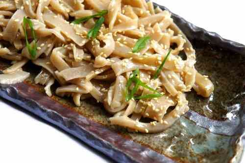 Homemade buckwheat noodles (low FODMAP, gluten free, vegan)