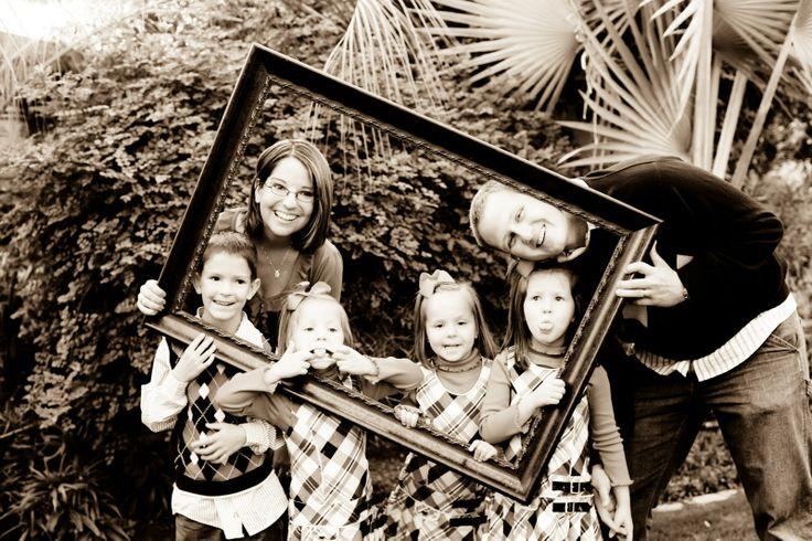 Sears Family: Family Christmas Portraits