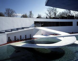 Lubetkin's penguin pool at London Zoo