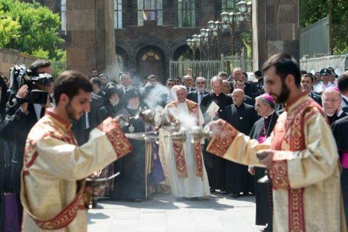 Prayers for the Dead :: Catholic News Agency