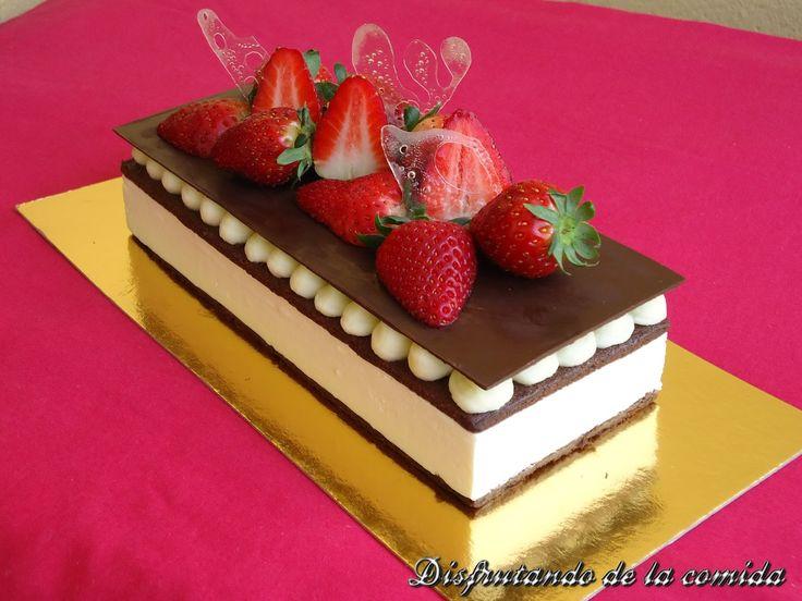 Tarta de Mascarpone, Fresa y Chocolate - Disfrutando de la comida