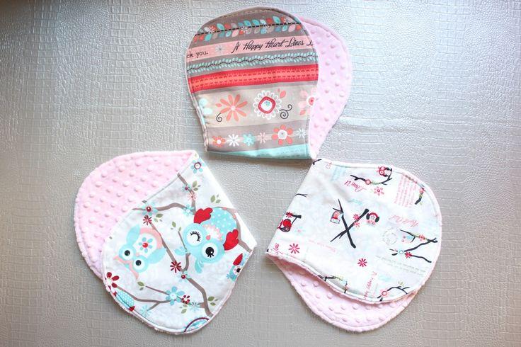 Diy c mo hacer toallas de eructar para beb con tela - Cambiador bebe patchwork ...