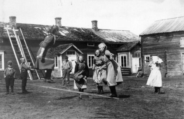 Lasten Leikejä - Olhava Finland - early 1900's