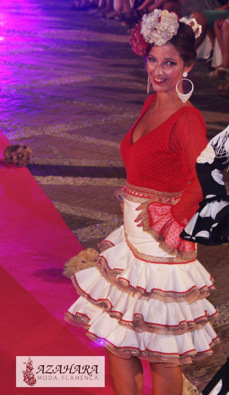 #trajesdeflamencacortos #trajesdeflamenca #modaflamenca #azahara #azaharamodaflamenca #fuengirola #nocheviva2016 #desfile #modelos
