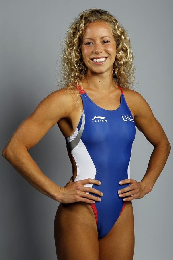 Sexy female olympic swimmers and divers