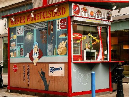 A sausage-lover's guide to the humble hot dog - from Sheffield in the north of England to Vienna, Austria. As featured in ONLY IN VIENNA available here: http://www.onlyinguides.com/books.php?bookid=1