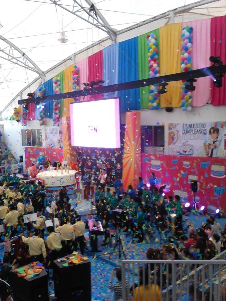 En plena celebración de Cartoon Network.