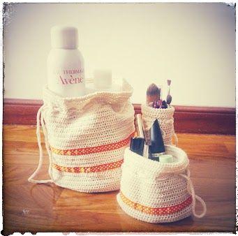 """I added """"Las ideas de Susi: Saquitos para cosméticos"""" to an #inlinkz linkup!http://lasideasdesusi.blogspot.com.es/2014/08/saquitos-para-cosmeticos.html"""