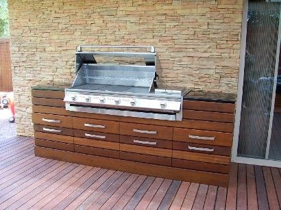 SL4000 Built In  Pic for demo use only.  This is a typical home installed built-in Beefeater BBQ - So as to give prospective customers ideas. For full specs - pls refer to the SL BBQ in this section.