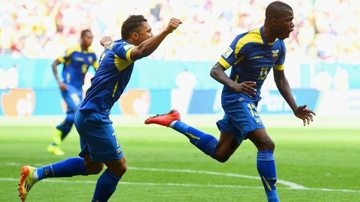 Enner Valencia of Ecuador (R) celebrates scoring