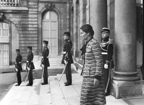 Une grande Dame. And so much more than a Woman. A survivor, a leader, a European integration pioneer, a freedom fighter, a Women Rights activist, an inspiration. R.I.P Simone Veil Au Revoir Madame, et Merci.