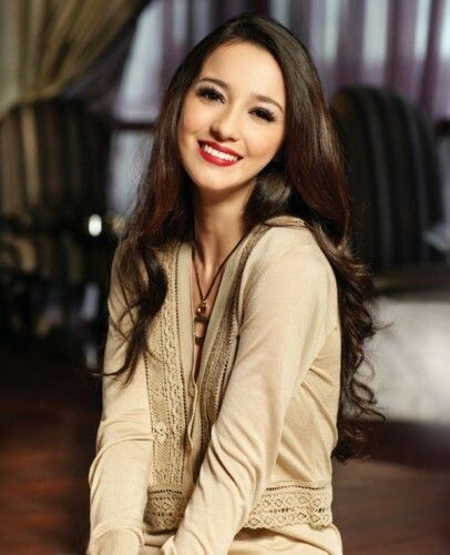 Indonesia beauty actress Julia Estella