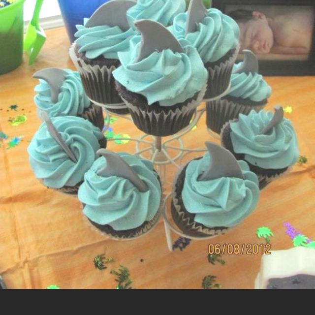 Shark cupcakes..perfect for a beach theme birthday party