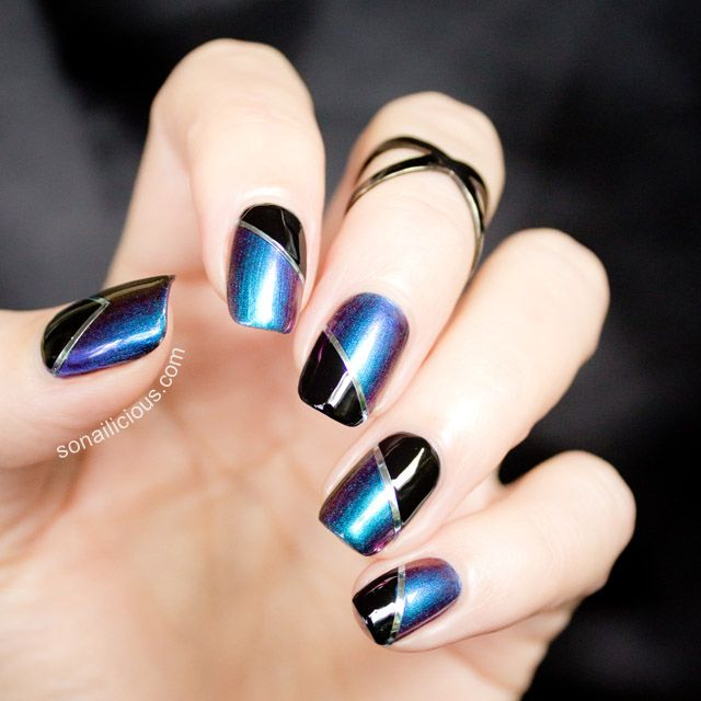 Beautiful Black and Blue Nails. Manicure details here: http://sonailicious.com/two-toned-nails-dance-legend-boggs/